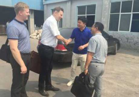 Russian Customers Visiting Rongsheng Manufacturer