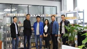 Vietnamese Customers Visiting Rongsheng Refractory Bricks Manufacturer