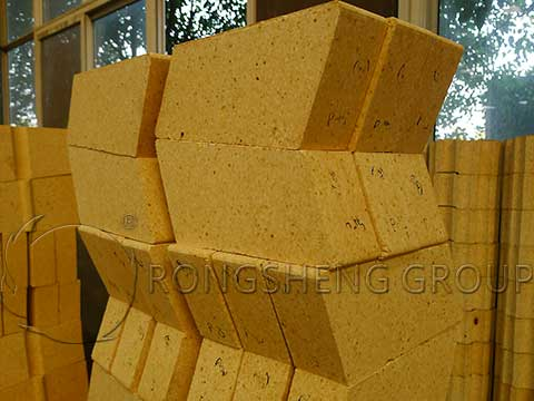 Low Creep High Alumina Bricks in RS Refractory Manufacturer