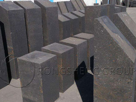 Carbon Bricks for Internal-Walls of the Nickel-Iron Furnaces