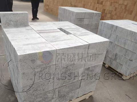 Rongsheng Corundum Silicon Carbide Bricks